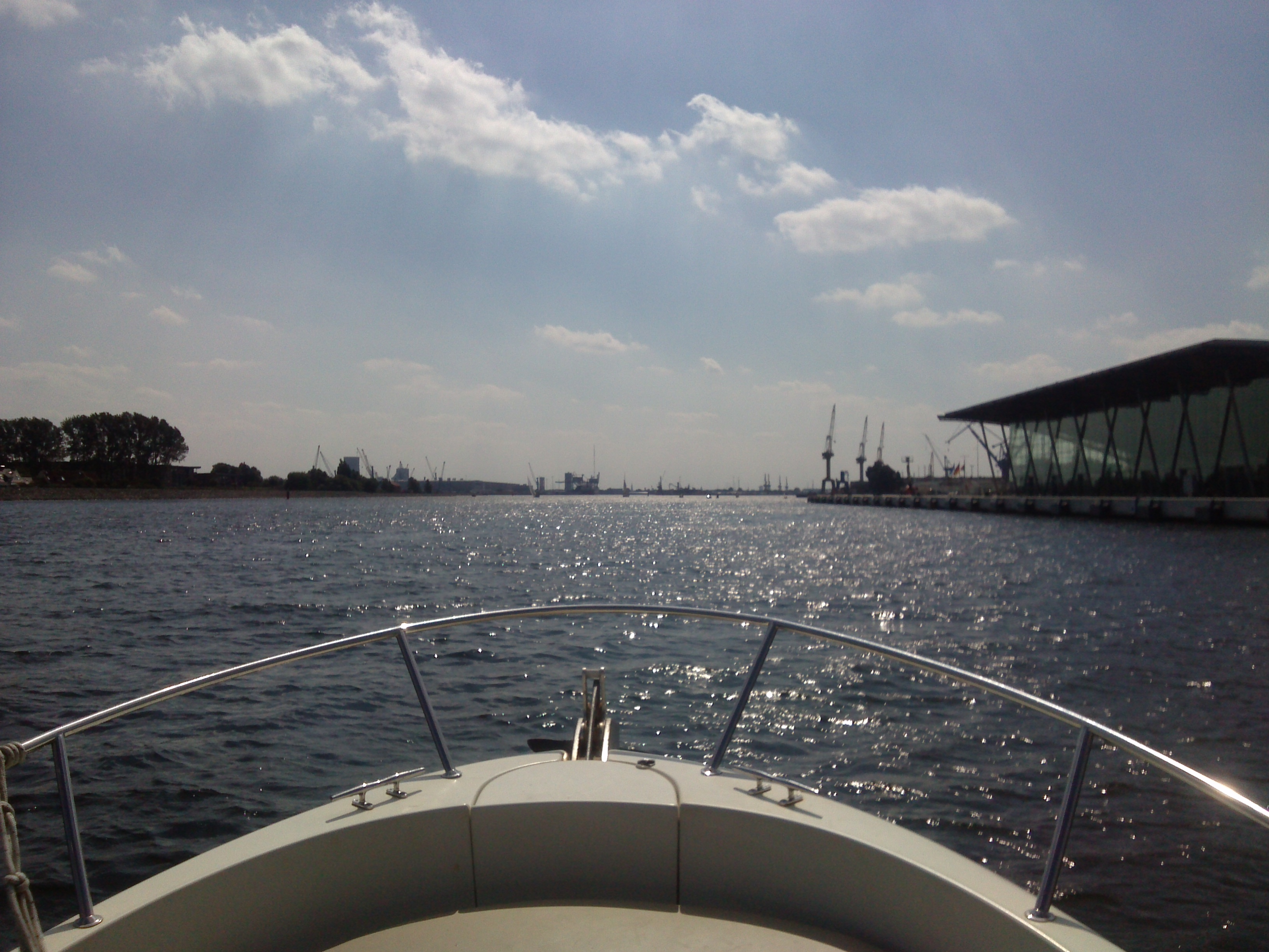 Fiskado - OWS 18.08.2018 013 - Ostseewassersport - Poseidon - angeltouren, ferienwohnungen, cutter-rides, bootsverleih, boat-charters, angelguiding