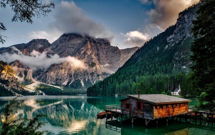 Fiskado - Traumhaus Anglerhütte am Bergsee 700x441 - Home -