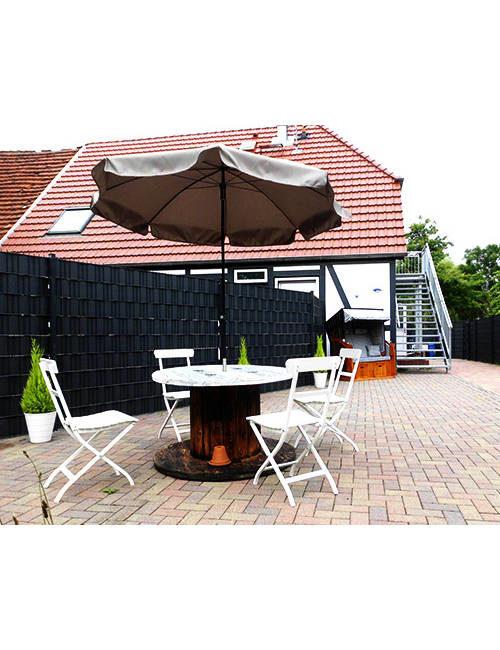 Fiskado - pension ostseeurlaub rostock terrasse 500x650 - Pension Ostseeurlaub in Rostock - unterkunft, angelausflug